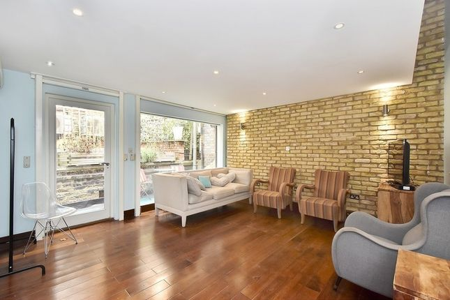 Thumbnail Property to rent in Ovington Mews, Knightsbridge