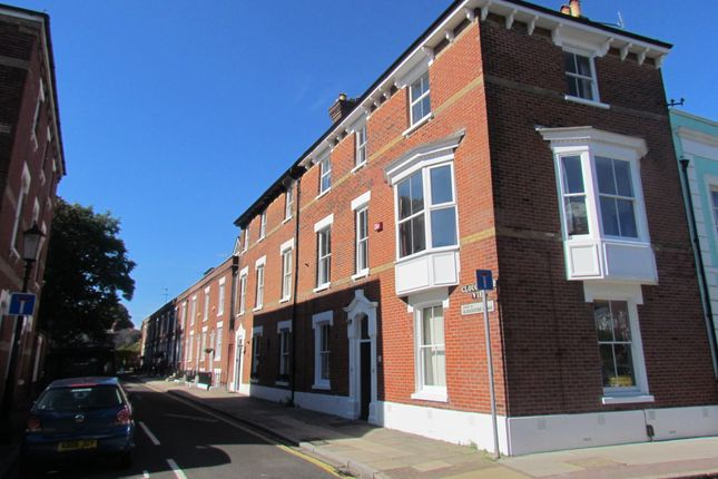 Thumbnail Town house to rent in Gloucester View, Southsea