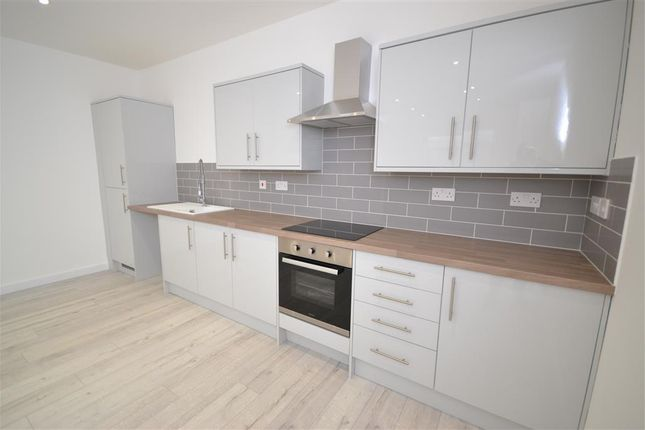 Thumbnail Flat for sale in Queen Street, Desborough, Kettering