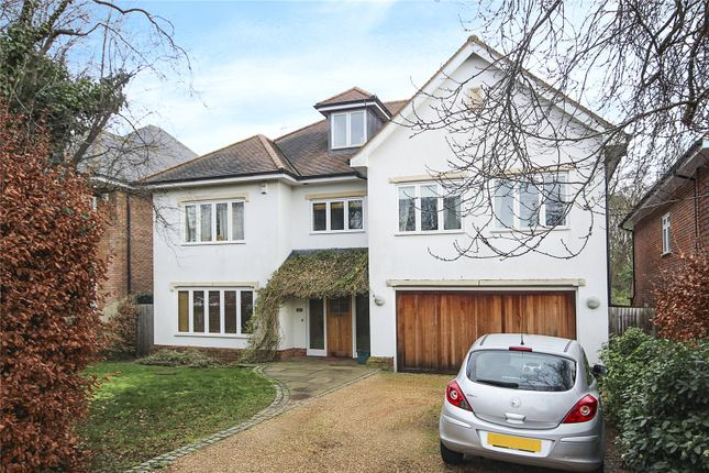 Thumbnail Detached house for sale in Homewood Road, St. Albans, Hertfordshire