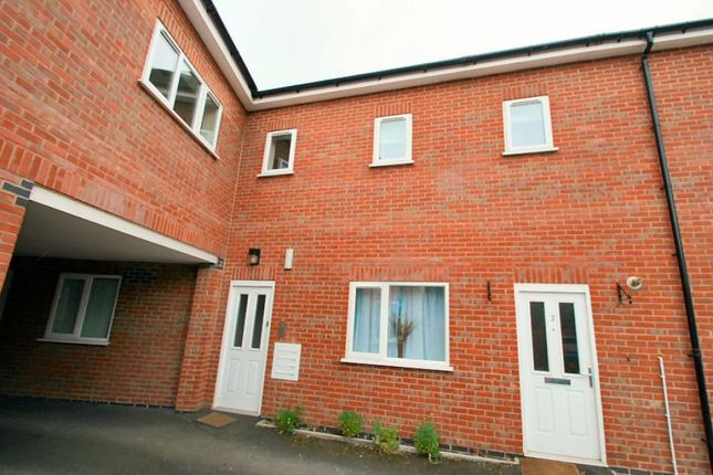 Thumbnail Flat to rent in West Road, Oakham