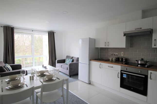 Thumbnail Property to rent in Clarendon Road, Leeds