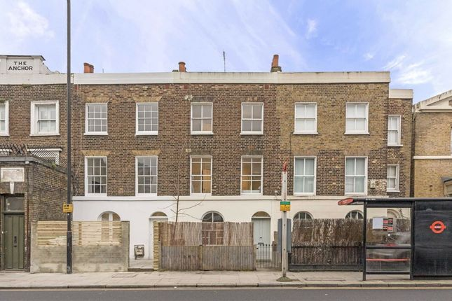 Thumbnail Property for sale in Balls Pond Road, London