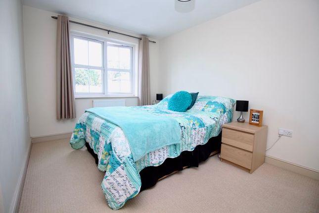 Primary Bedroom of Weston Lane, Southampton SO19