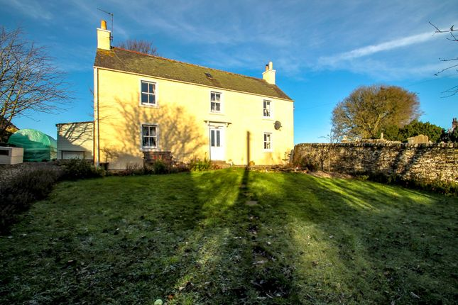 Thumbnail Farmhouse for sale in Church Road, Aberlemno, Forfar