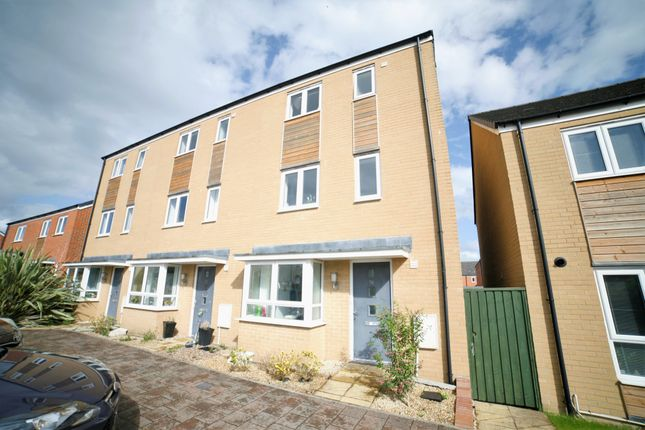 Thumbnail Semi-detached house to rent in Albion Terrace, The Common, Patchway, Bristol