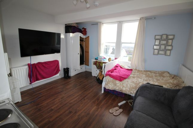 Thumbnail Flat to rent in Derby Road, Nottingham, Nottinghamshire