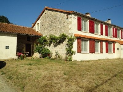 4 bed property for sale in Beaulieu-Sur-Sonnette, Charente, France