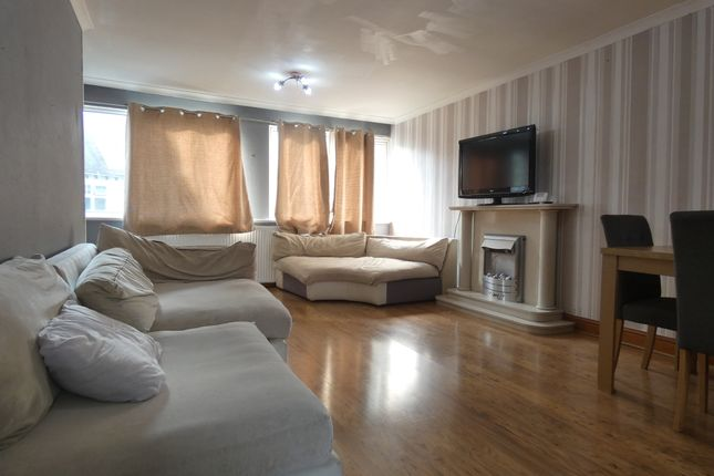 Reception Room of Stoke Park Mews, St Michaels Road, Coventry CV2