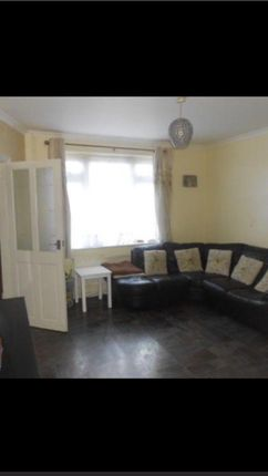 Thumbnail Terraced house to rent in Paget Road, Langley, Slough