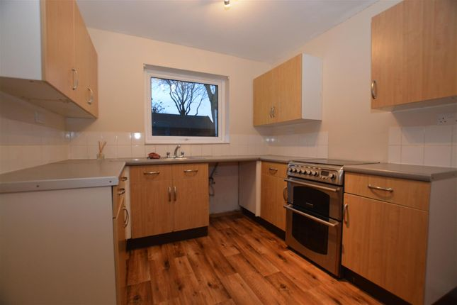Thumbnail Semi-detached house to rent in Bridgewater Road, Scunthorpe
