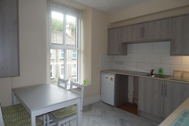 Thumbnail Flat to rent in Osborne Road, Pontypool