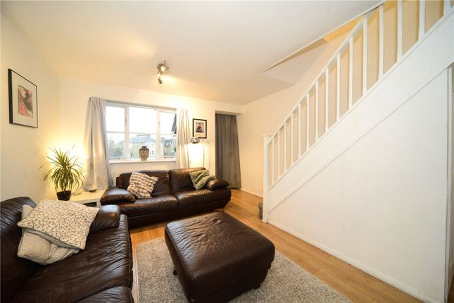 Thumbnail Terraced house for sale in Orchard Grove, London