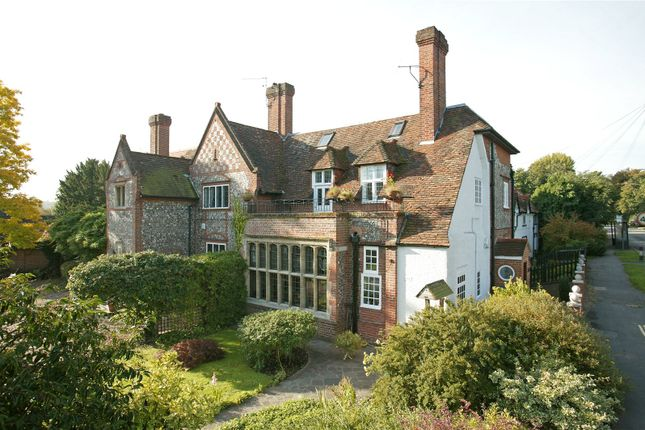 Thumbnail Property for sale in Henley Road, Marlow, Buckinghamshire