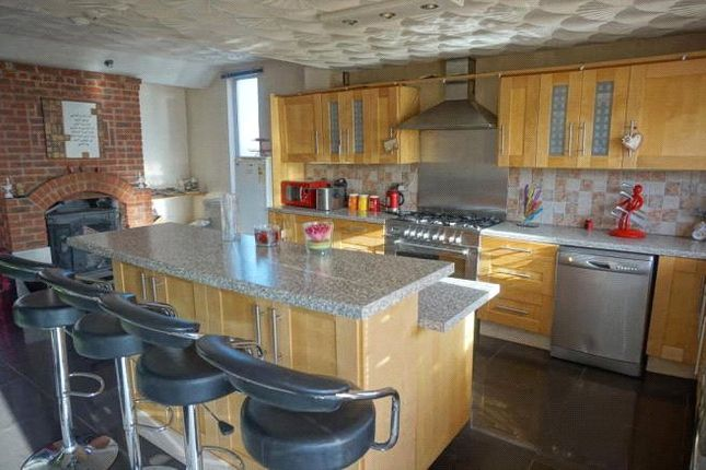 Thumbnail Detached house for sale in Narborough Road South, Leicester