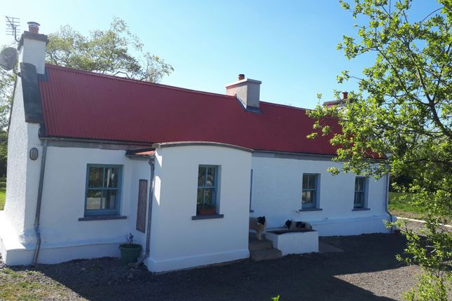 Country house for sale in Rooskey