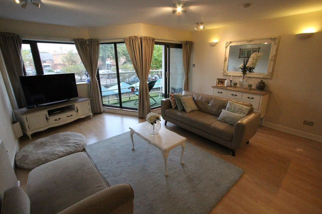 Thumbnail Flat for sale in Madison Apartments, Seymour Grove, Manchester