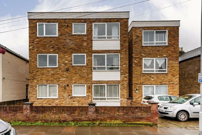 1 bed flat for sale in Acre Road, Kingston Upon Thames KT2