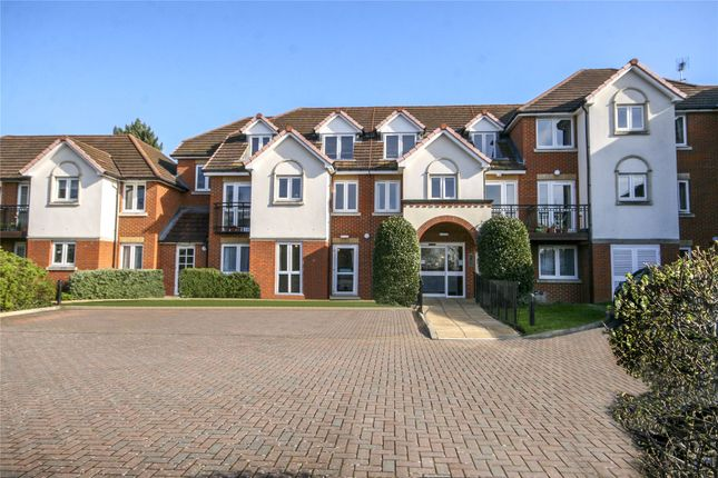 Thumbnail Property for sale in 281 Station Road, Addlestone, Surrey