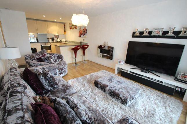 Thumbnail Flat to rent in Poynder Drive, Snodland, Kent