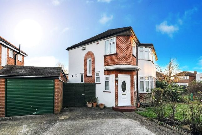 3 bed semi-detached house to rent in Prices Lane, Reigate RH2