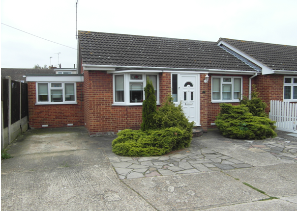 Thumbnail Semi-detached bungalow to rent in Tilburg Road, Canvey Island
