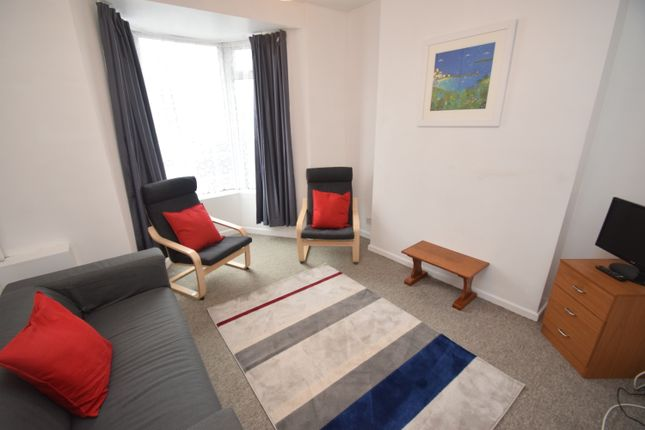 Living Room of Clifton Crescent, Falmouth TR11