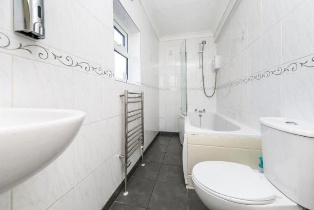 Bathroom of Wellesley Road, Clacton-On-Sea CO15