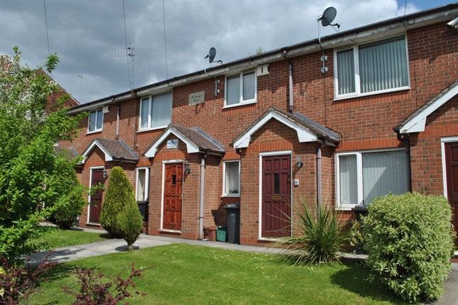 Thumbnail Flat to rent in St. Georges Crescent, Walkden, Manchester