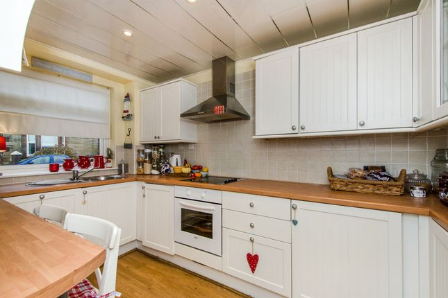 Thumbnail Terraced house for sale in Queens Terrace, Prestwick