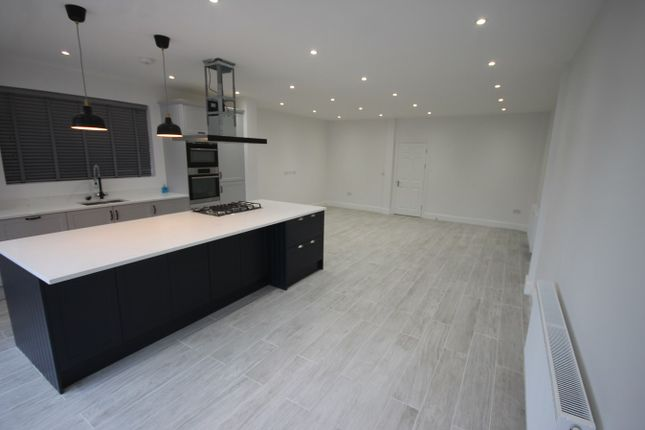 Thumbnail Property to rent in Granville Road, Walthamstow, London
