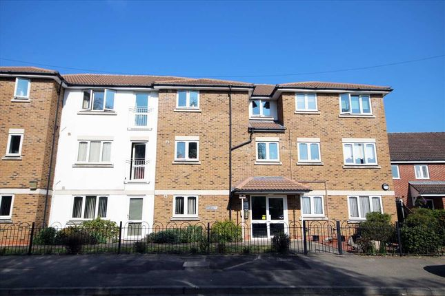 Thumbnail Property for sale in Palmer Avenue, Bushey WD23.