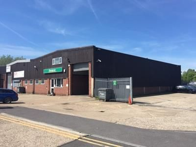 Thumbnail Light industrial to let in Unit 8, Fleming Road, Newbury, Berkshire