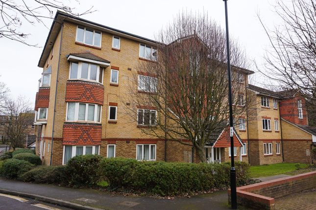 1 bed flat for sale in Muggeridge Close, South Croydon