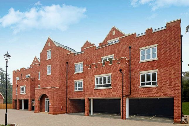 Thumbnail Flat for sale in Emerald House, Wilshere Park, Welwyn, Hertfordshire