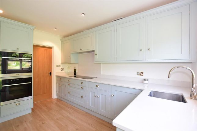 Kitchen of Maplescombe Lane, Farningham, Kent DA4