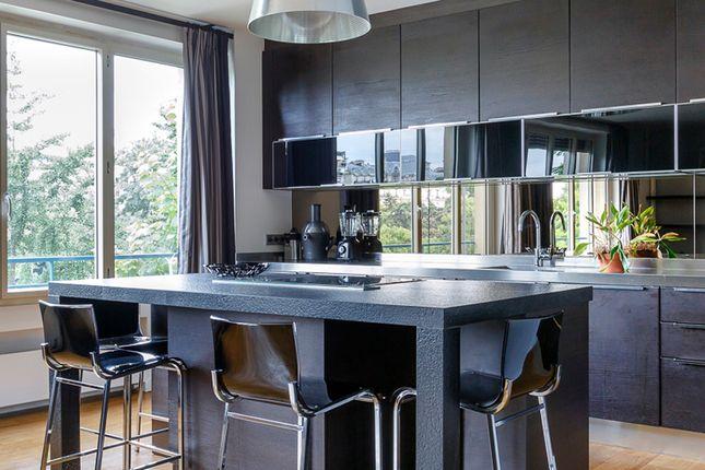 1 bed apartment for sale in Avenue Foch, Paris-Ile De France, Île-De-France
