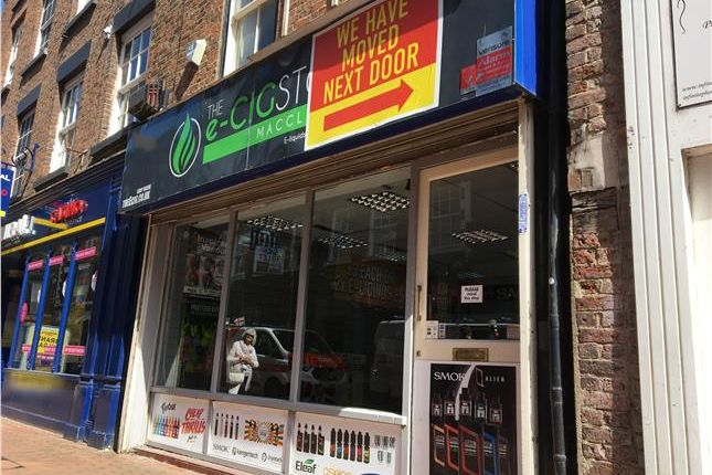 Thumbnail Retail premises to let in 5 Chestergate, Macclesfield, Cheshire