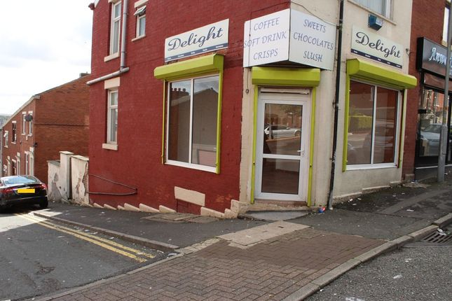 Retail premises to let in London Road, Blackburn