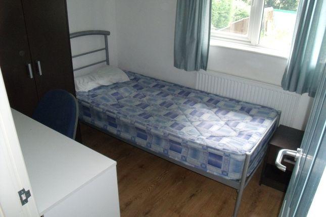 Thumbnail Room to rent in Manton Crescent, Nottingham