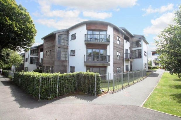 Thumbnail Flat to rent in Valletort Road, Stoke, Plymouth