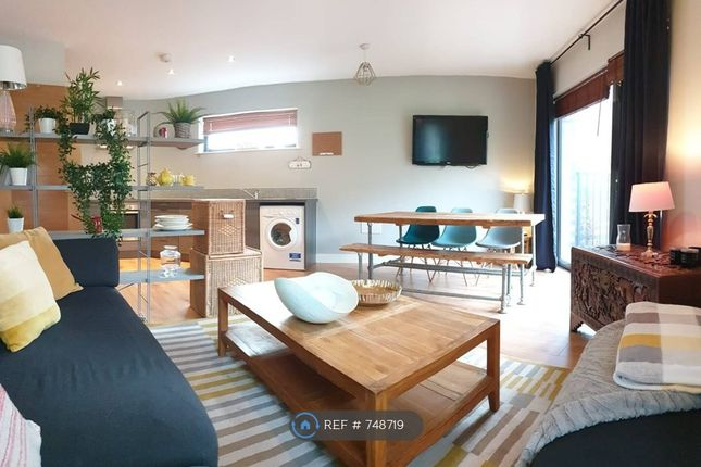 Thumbnail Flat to rent in Burgess House, Manchester