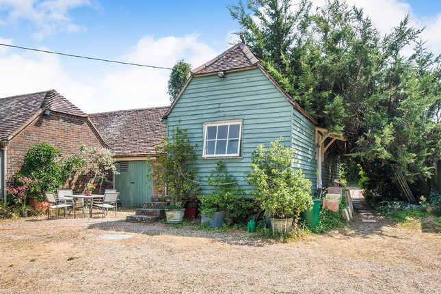 Thumbnail Detached house to rent in The Granary Cottage Brownwich Lane, Fareham