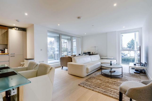2 bed flat for sale in The Avenue, Queen's Park, London NW6
