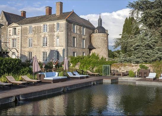Thumbnail Property for sale in 49170 Saint-Georges-Sur-Loire, France
