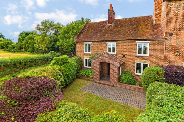 4 bed cottage for sale in High Street, Walkern, Hertfordshire