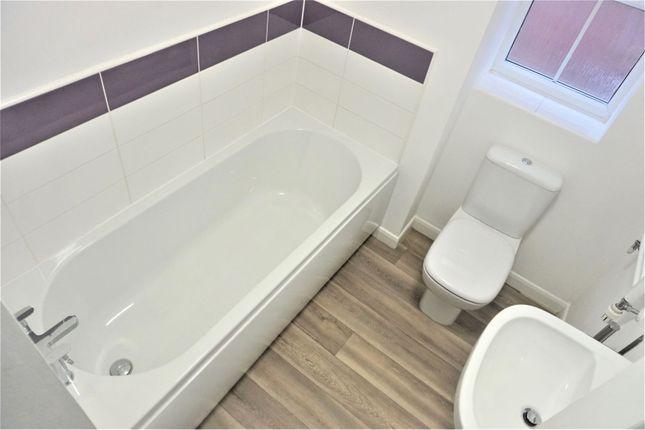 Bathroom of Andrews Walk, Blackburn BB2
