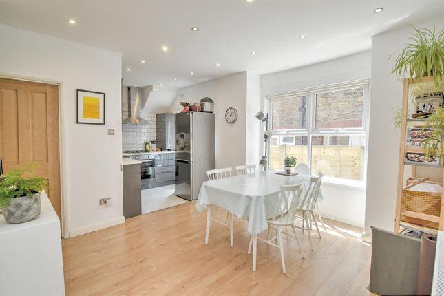 Thumbnail 2 bed flat for sale in Mersham Road, Thornton Heath