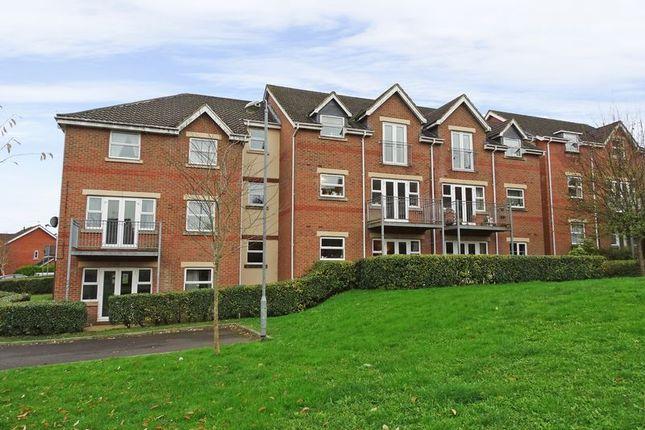 Thumbnail Flat for sale in Jubilee Close, Salisbury
