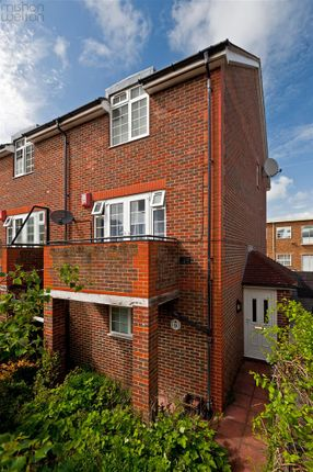 Thumbnail Town house to rent in Crown Close, Palmeira Avenue, Hove